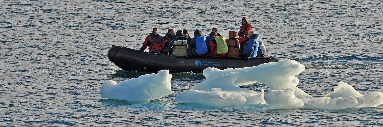 Spitzbergen Kvitöya Reise - Exkursion mit Schlauchboot