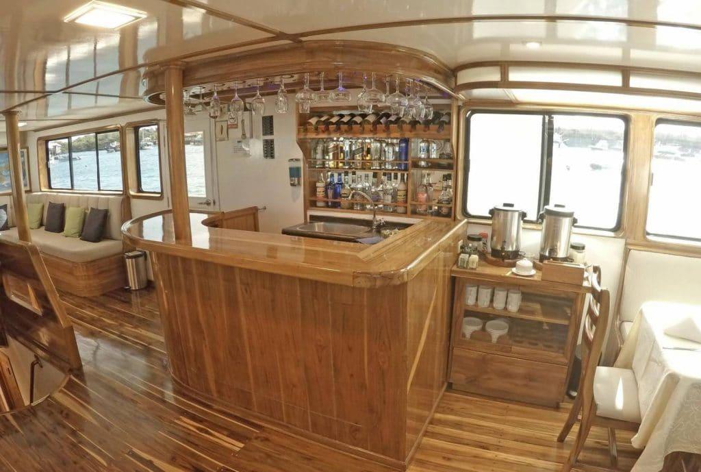 Bar Eden Gadventures Galapagos