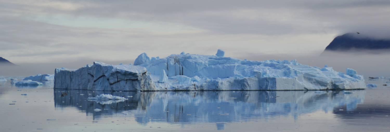 reise-grönland-eisberg