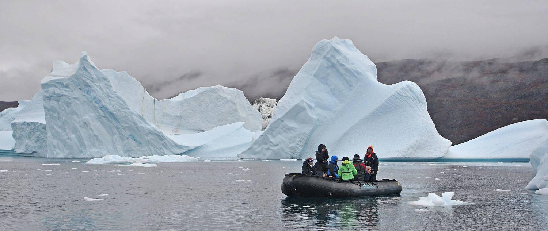 Zodiac vor Eisbergen