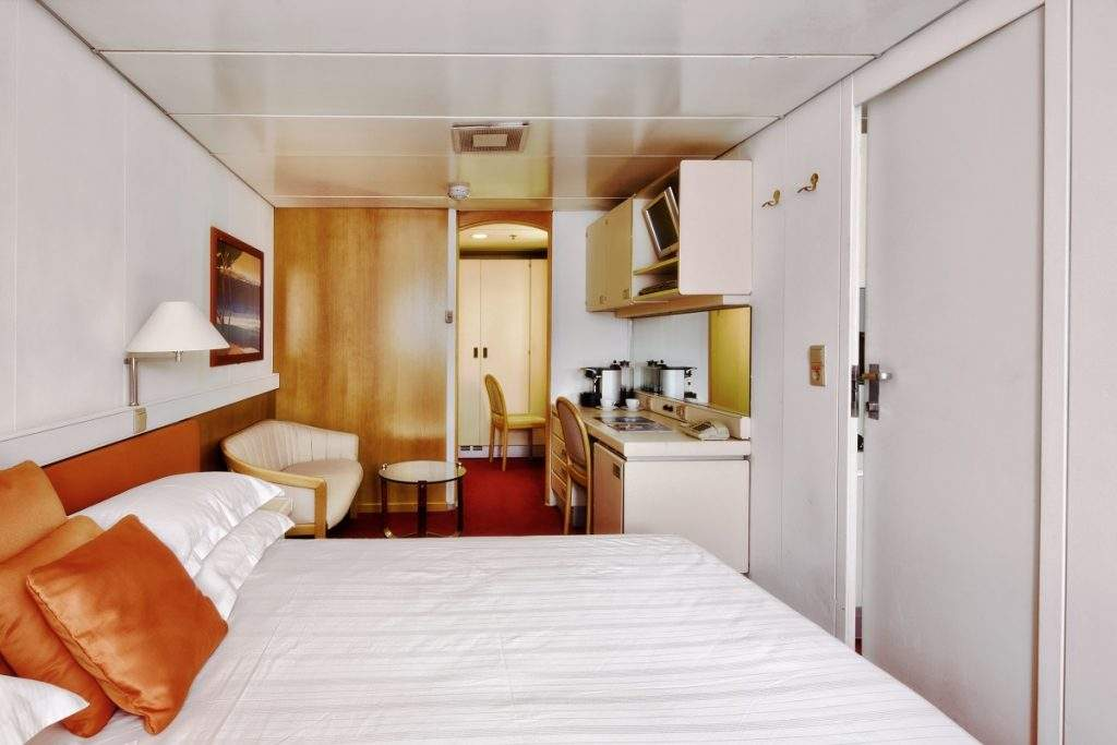 Suite Cabin Bed Room Ocean Diamond