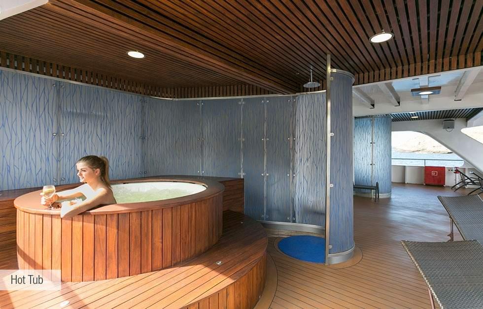galapagos-santa-cruz-hot-tub