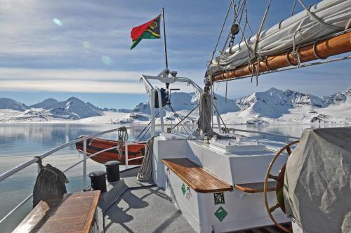 REMBRANDT VAN RIJN in Spitzbergen